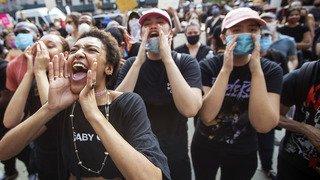 Etats-Unis: déploiement de forces sans précédent à Minneapolis