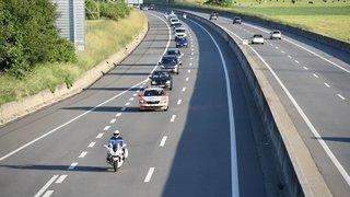 Valais: les gens du voyage installés à Martigny escortés à la douane pour un contrôle