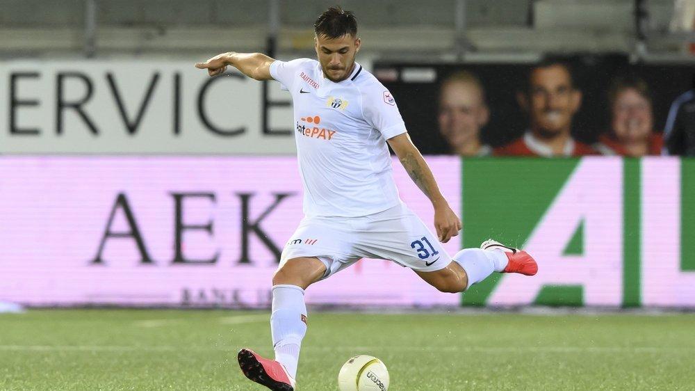 Le cas de Mirlind Kryeziu, premier joueur testé positif et engagé en championnat de Super League, provoque le chaos dans le football suisse.