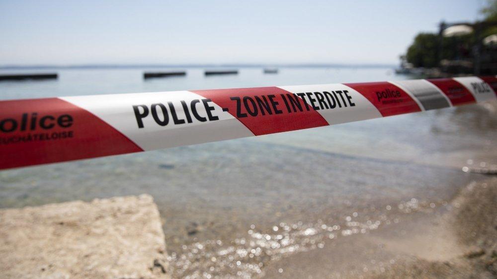 Malgré les températures caniculaires, la baignade est déconseillée dans le lac de Neuchâtel.