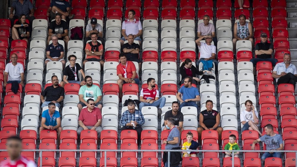 Les tribunes du stade de Tourbillon en version coronavirus lors du derby entre le FC Sion et le FC Servette le 24 juin. Cette situation se prolongera-t-elle jusqu'en mars 2021?