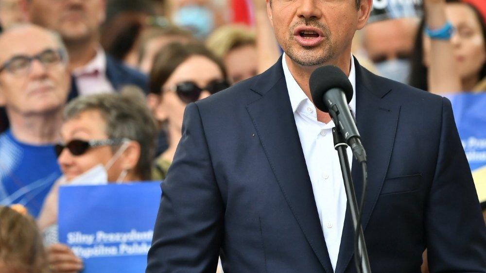 Le maire de Varsovie Rafal Trzaskowski pourrait créer la surprise contre le président sortant Andrzej Duda.