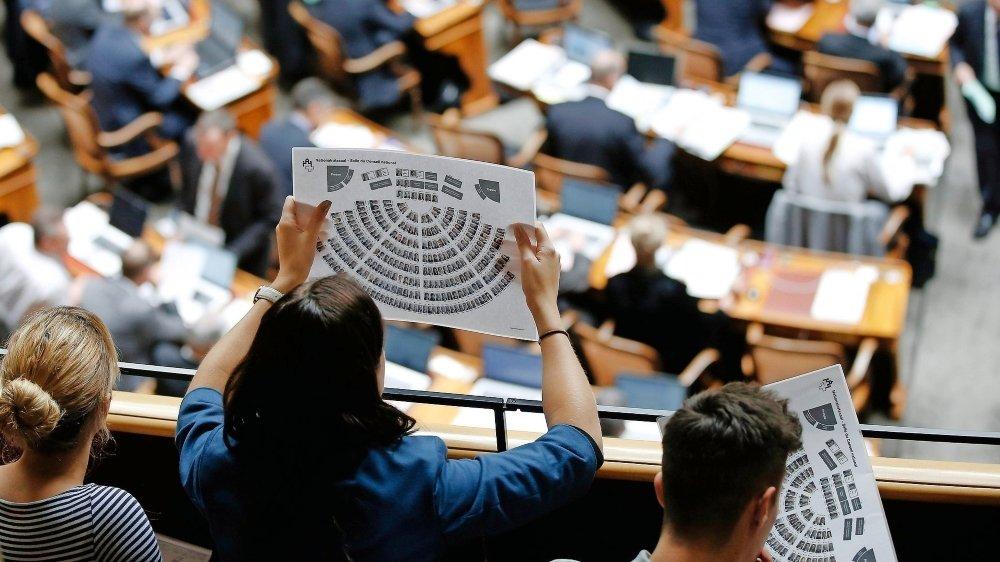 Les mandats extraparlementaires et leurs rémunérations sont l'objet de débats politiques depuis longtemps.