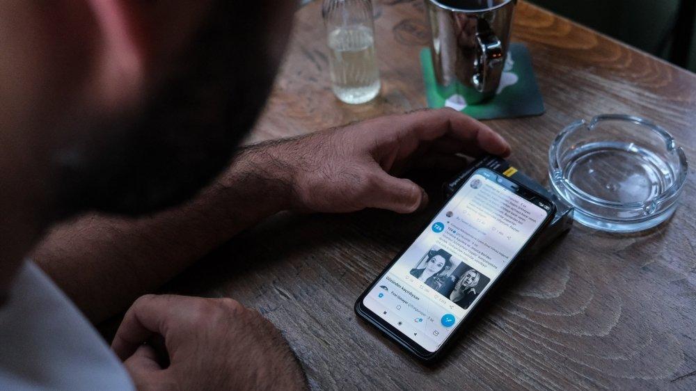 Le gouvernement turc pourra, en vertu de la nouvelle loi votée mercredi, exercer un plus grand contrôle sur Twitter et Facebook.