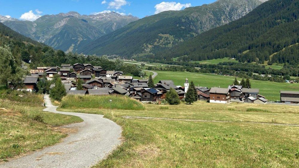 Douze villages constituent la vallée de Conche. Tous sont marqués par une histoire riche et un patrimoine bâti remarquablement préservé.