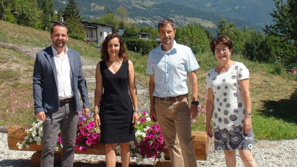 Les trois candidats du PDC de Crans-Montana, Laurent Bagnoud, Marielle Clivaz, Daniel Moix accompagnent Heidi Antille, vice-juge en exercice