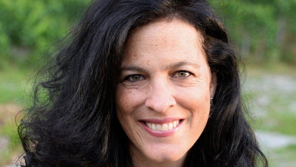 Géraldine Granges Guenot est conseillère générale et élue à la constituante.