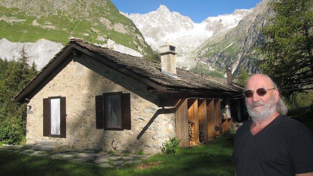 L'actuel propriétaire de la Maison du Clou Jean-Pierre Gos s'est passionné pour le destin de cette bâtisse historique.