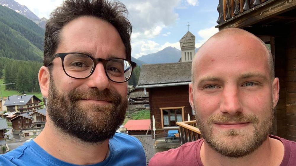 Alexandre Beney et Dimitri Mathey sillonnent le Lötschental.