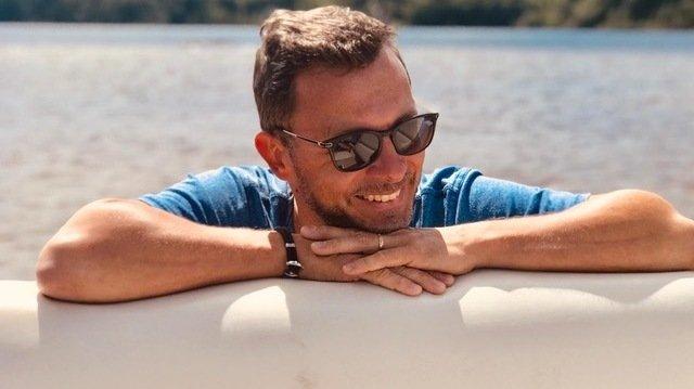 L'humoriste valaisan Yann Lambiel en vacances sur le fleuve Saint-Laurent, au Québec, l'été 2019.