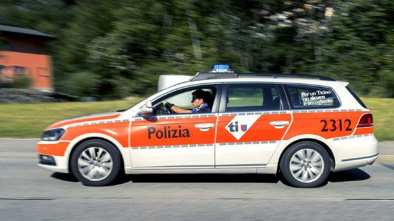 Tessin: voiture percutée par un train à Lugano