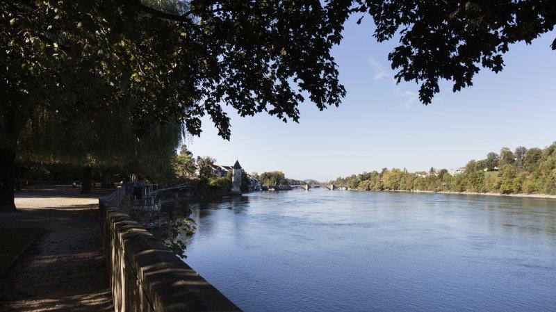 Accident de baignade: deux hommes portés disparus dans le Rhin près de Stein (AG)
