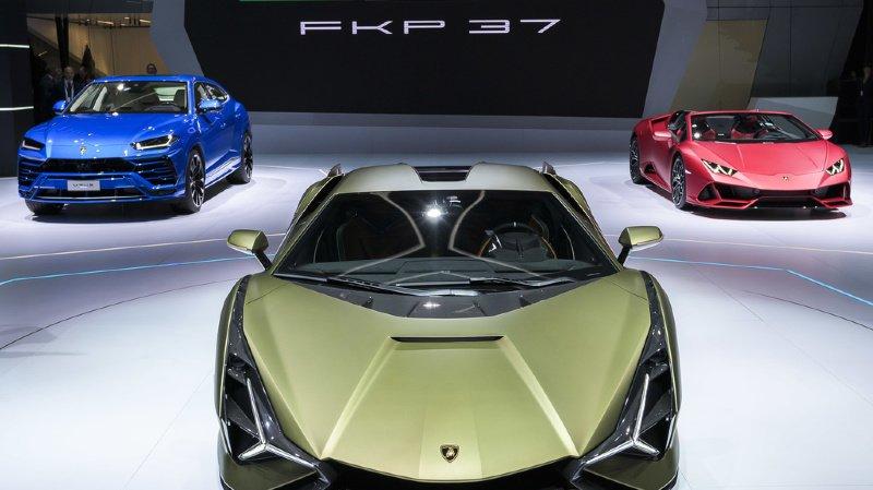 Etats-Unis: arrêté pour avoir acheté une Lamborghini avec un prêt d'aide Covid
