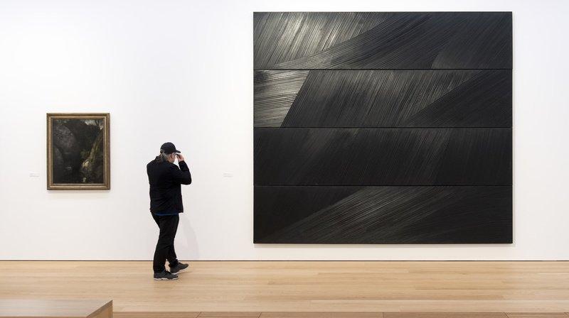 Pierre Soulages est particulièrement connu pour son usage des reflets de la couleur noire, qu'il appelle «outrenoir». (archives)