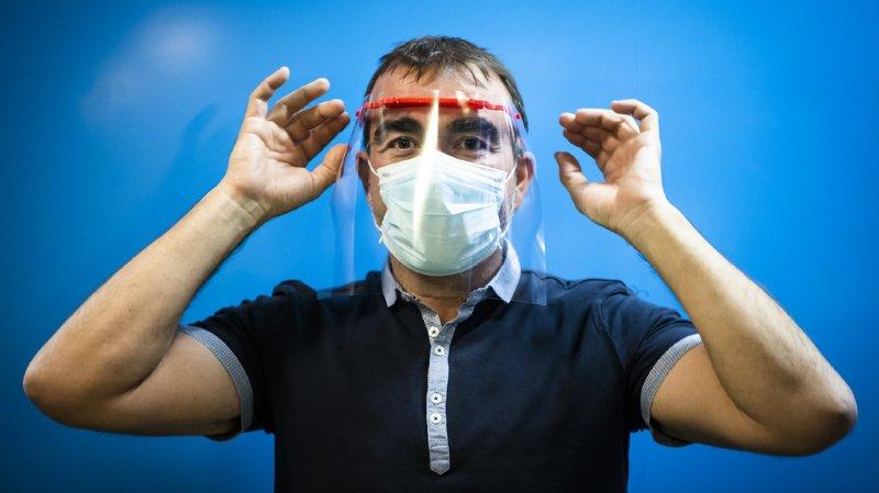 Seul le port du masque permet d'éviter la propagation de gouttelettes, de particules de grandes tailles et de particules de petites tailles.
