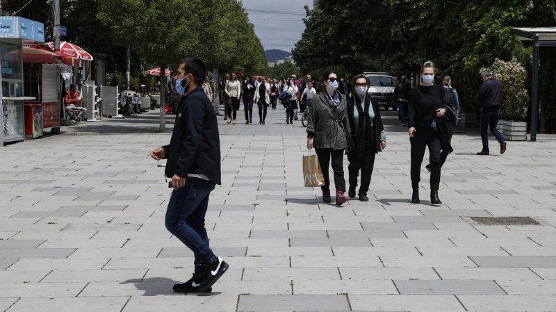 Les Valaisans des Balkans passeront l'été sans voir leurs familles au pays