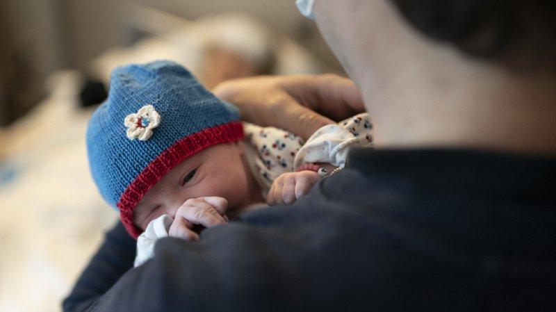De nombreux pères ne bénéficient actuellement que d'un ou deux jours à la naissance du bébé.