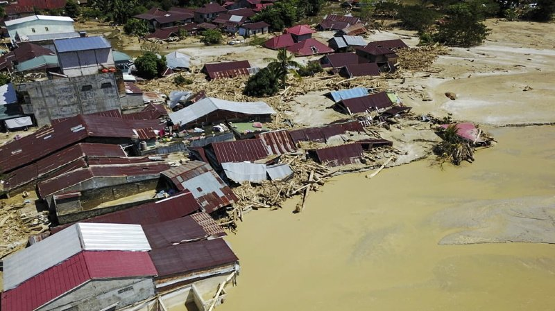 Au Bangladesh, au moins 67 personnes ont péri et 2,6 millions ont été affectées.