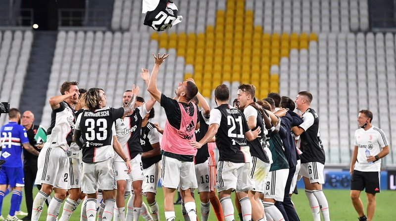 Football: la Juventus remporte le championnat d'Italie pour la 9e fois d'affilée