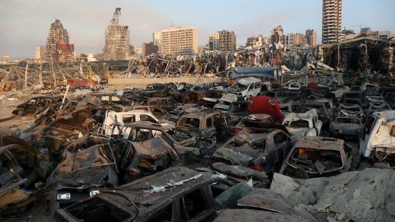 Les explosions dans le port de Beyrouth seraient dus à des quantités importantes de nitrate d'ammonium qui y étaient entreposées. Les dégâts humains et matériels sont gigantesques.