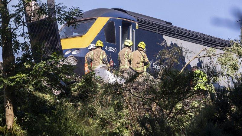 Ecosse: le déraillement d'un train fait trois morts et six blessés
