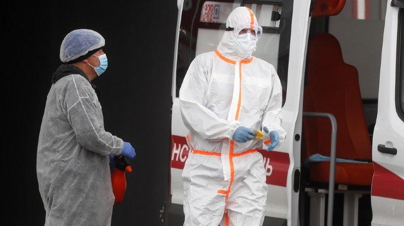 Coronavirus: des chercheurs disent avoir découvert un premier cas de réinfection