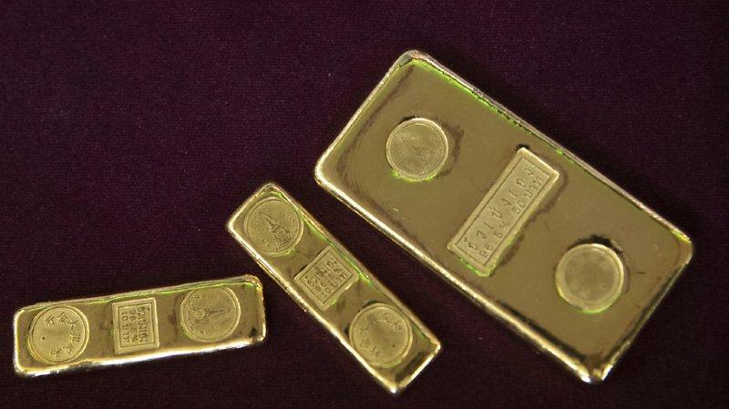 L'or continue de voler à des niveaux record, jusqu'à 1980 dollars l'once