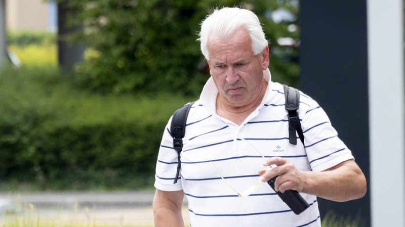 Philippe Guignard a été reconnu coupable d'escroquerie par métier.