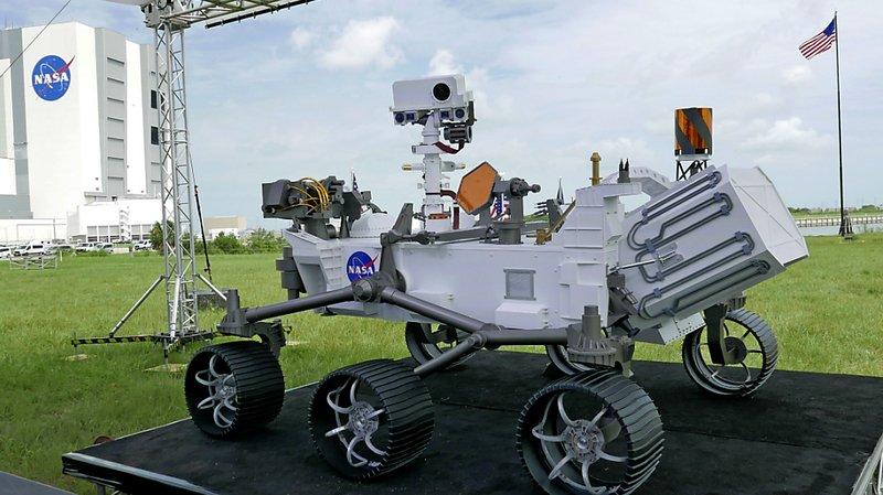 Espace: la Nasa lance un robot mobile vers Mars pour y chercher des traces de vie