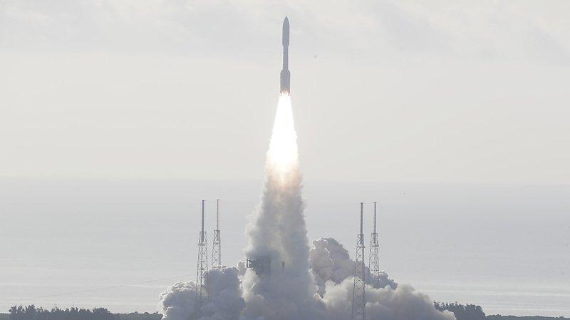 La fusée Atlas V s'est envolé de Cap Canaveral, en Floride.