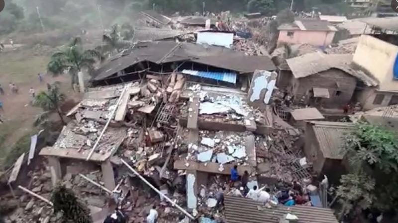 Inde: au moins 70 personnes prises au piège après l'effondrement d'un immeuble