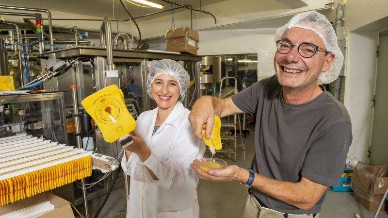 Des compotes en sachets recyclables, un nouveau débouché pour les fruits du Valais?
