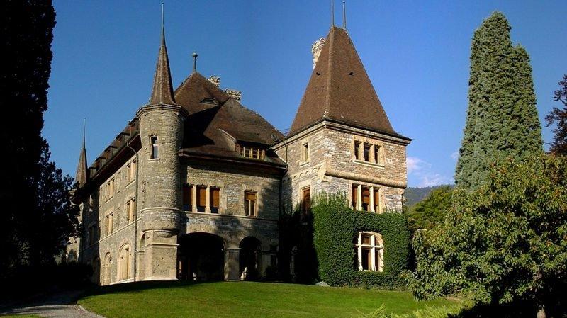 Le parc du château Mercier, un cadre idyllique pour une série de lectures publiques.