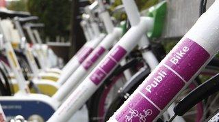 Sierre: avec plus de 200 vélos empruntés certaines semaines, la ville tire un bilan positif du service PubliBike