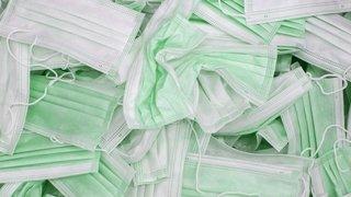 Hôpital du Valais: potentiellement contaminés, 615 000 masques de protection fournis par l'armée doivent être échangés