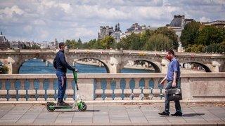 Coronavirus: le masque obligatoire dans certaines zones de Paris dès lundi