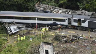 Ecosse: le déraillement d'un train est dû à un glissement de terrain