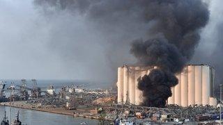 Deux violentes explosions soufflent le port de Beyrouth