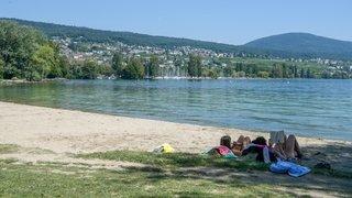 La baignade est à nouveau autorisée partout dans le lac de Neuchâtel