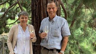 A Visperterminen, Romaine et Leo Mengis-Fellay élèvent du haut vin