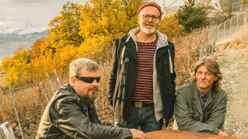 Ivan Jeitziner (trombone), Jean-Marc Briand (guitare, chant) et Xavier Moillen (multi-instrumentiste). Manque le nouveau batteur Fabrice Vernay.