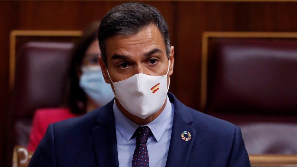 Le Président du gouvernement (équivalent d'un Premier ministre) Pedro Sanchez (ici le 9 septembre dans le Parlement) a fait la promesse de débarasser l'Espagne du franquisme