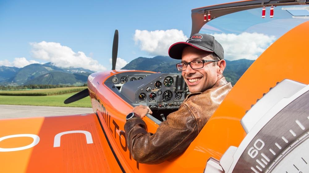 Membre du Groupe de vol à moteur du Chablais, Guillaume Favre-Bulle évolue en ciel connu lors des championnats suisses de voltige aérienne à Bex.