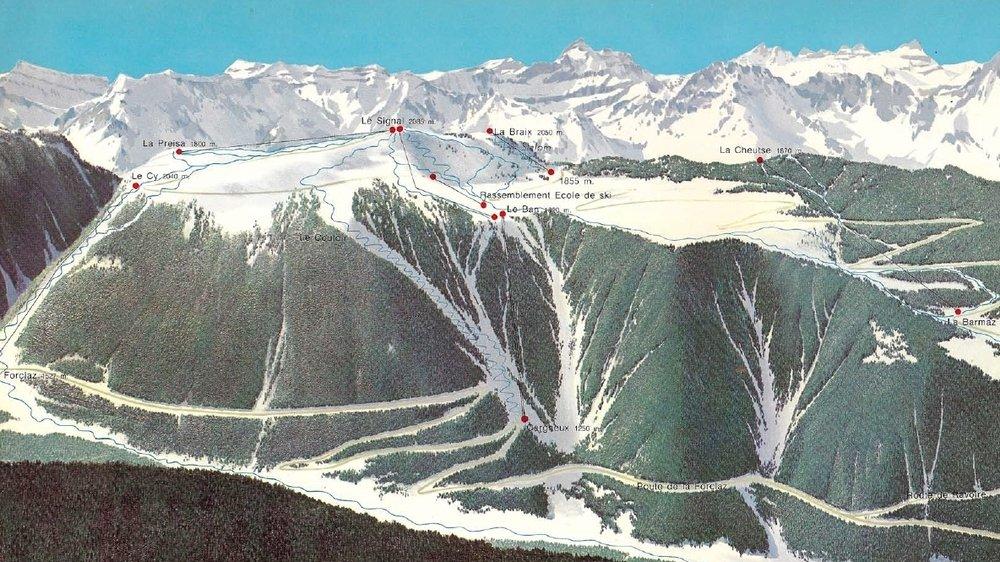 Les promoteurs avaient vu grand. Mais la Lex Furgler et une volonté déjà affirmée de protéger le paysage suisse sont passées par là.