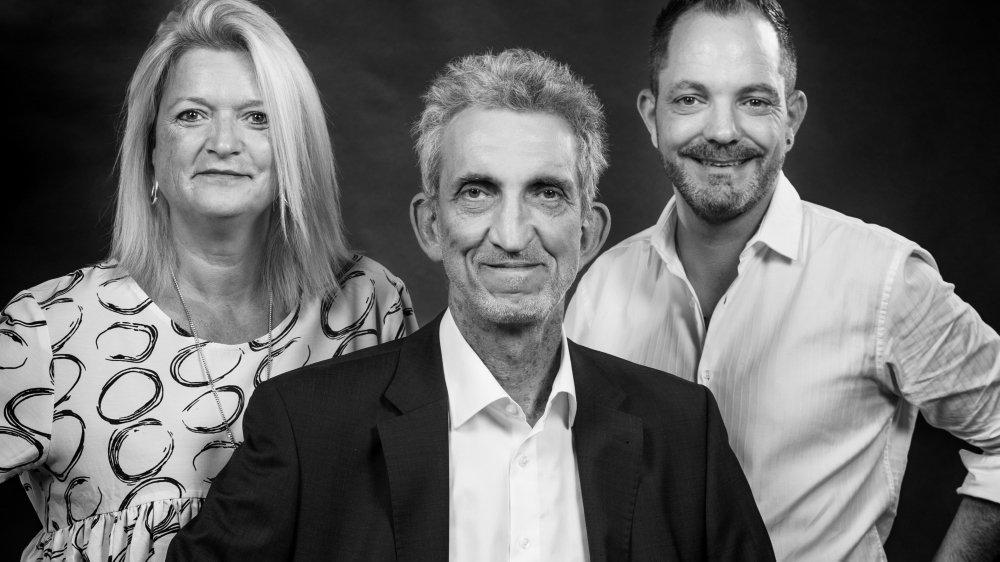 Les trois candidats de l'Entente: Nancy Multone, Guy Cristina (au centre) et Alain Berner.