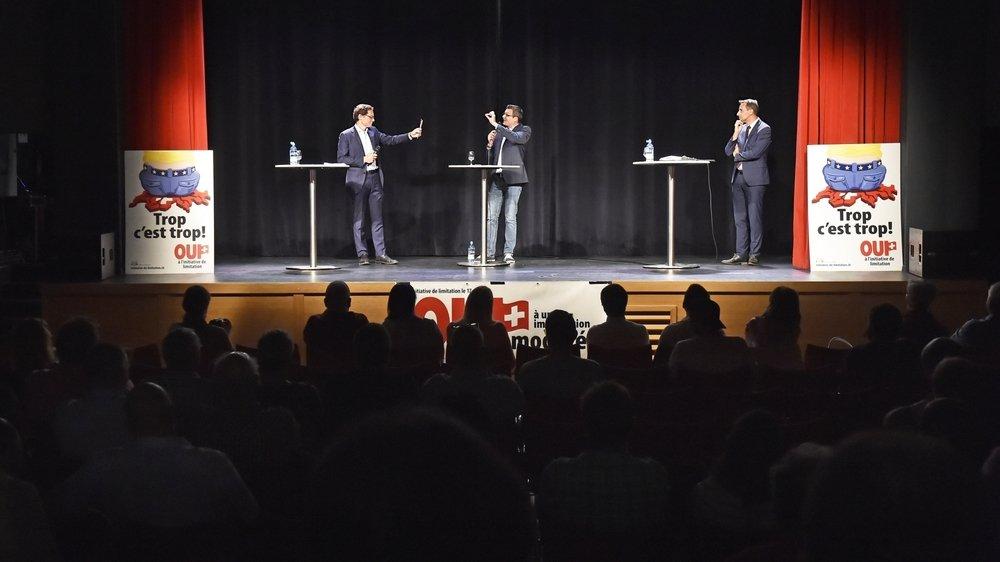 Roger Köppel et Sidney Kamerzin ont débattu lundi soir de l'initiative de limitation à l'Espace Johannis de Chamoson.
