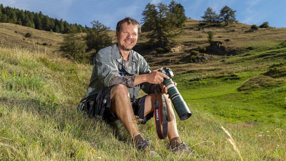 Installé à Saint-Luc depuis 2009, Eric Bouchet comptabilise près de 10 000 clichés de la faune du val d'Anniviers.