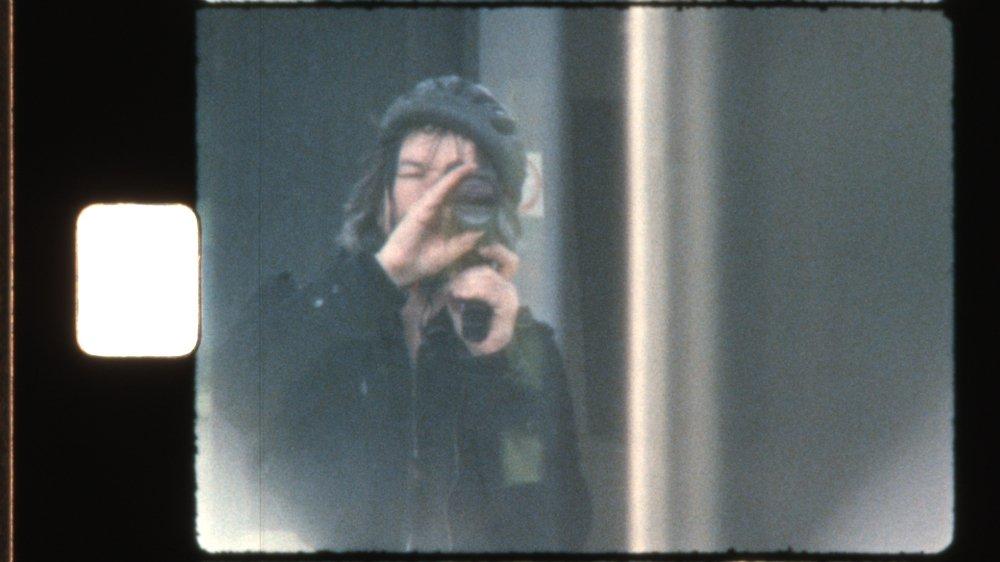 François Vé emporte toujours dans ses bagages sa caméra super 8, pour documenter le voyage.