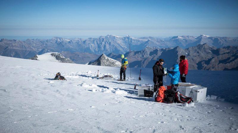 Climat: des chercheurs vont analyser la mémoire du glacier du Grand Combin, en Valais