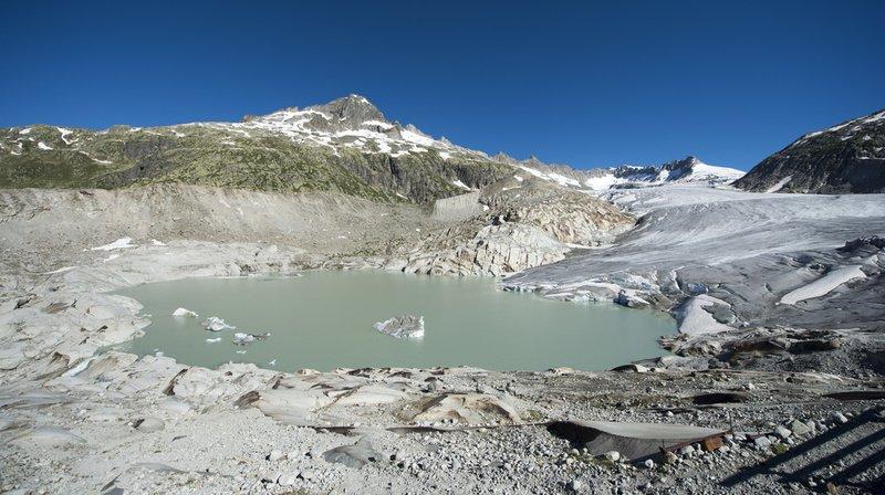 Un lac glaciaire formé en 2016 sous le glacier du Rhône. (Archives)